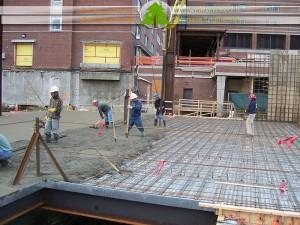 بتن ریزی سقف کامپوزیت با عرشه فولادی